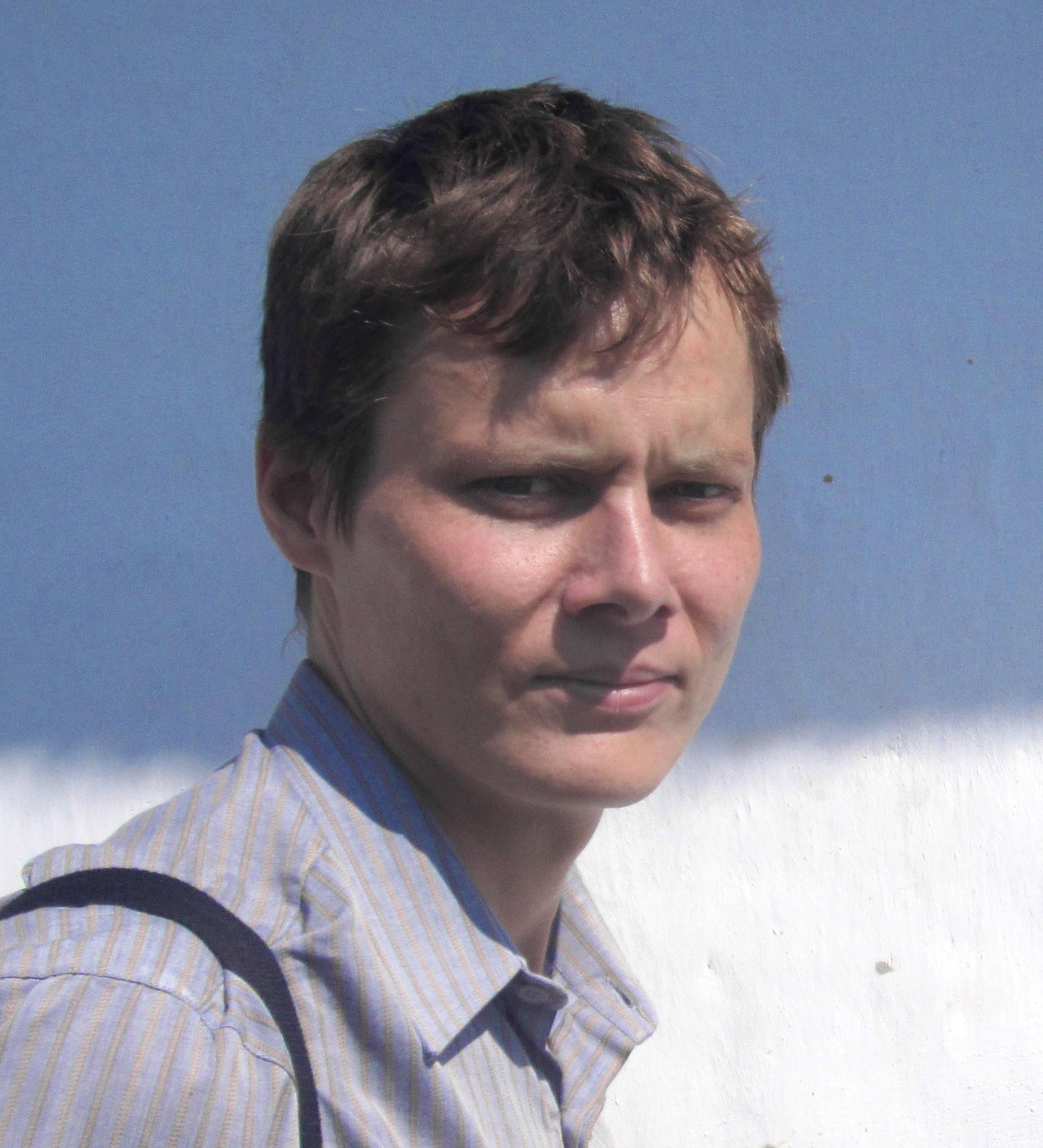 Interjú Glóbi rajzolójával, Hajba Lászlóval